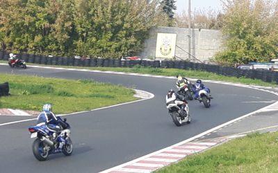 Zakończenie sezonu jazd wolnych motocyklami na torze